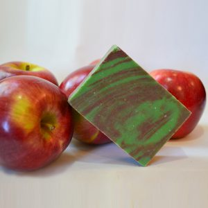MacIntosh Apple-0